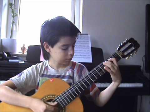 James Bond 007 Theme on classical guitar