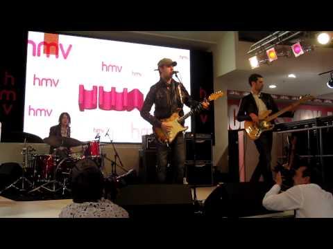 Scott McKeon - The Girl (solo, outro), Live in Store HMV London