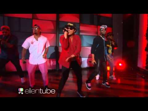 Mark Ronson Feat. Bruno Mars - Uptown Funk (Live...