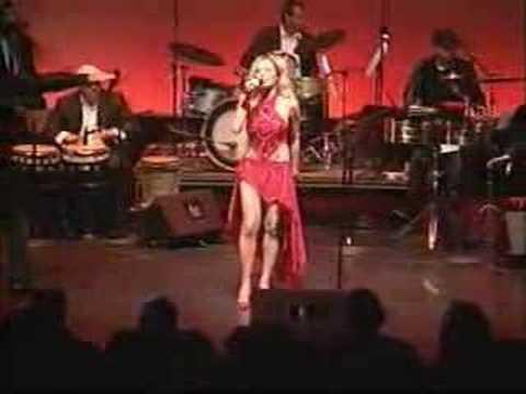 Carolina La O (LIVE) Yo Soy La Rumba