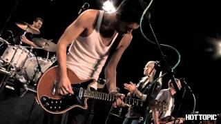 "Hot Sessions: The Sounds ""Painted By Numbers"""
