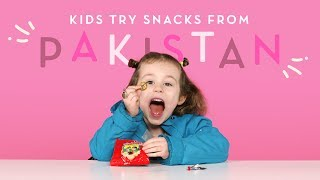 Kids Try Pakistani Snacks | Kids Try | HiHo Kids