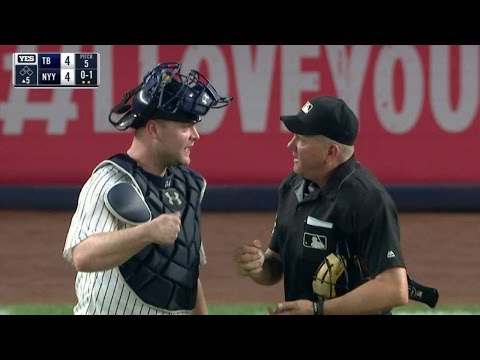 TB@NYY: Umpires reverse balk call after a conference