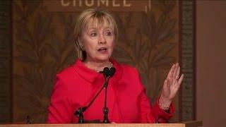 Hillary Clinton's subtle digs at Trump