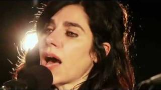 "PJ Harvey -- ""The Last Living Rose"" (Guardian Session, April 2011)"