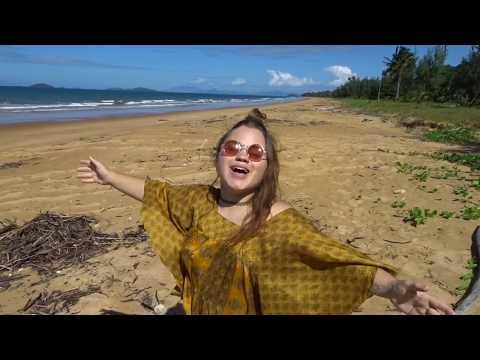 MISSION BEACH, AUSTRALIA // WOW air travel guide application