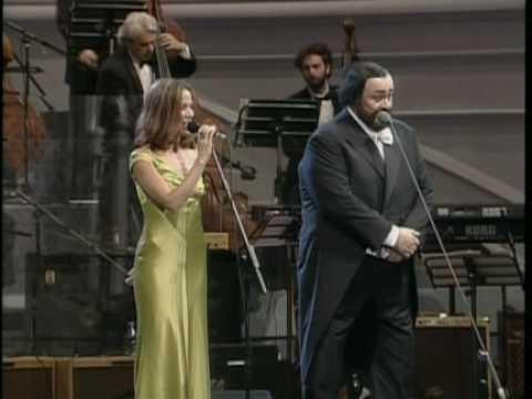 Pavarotti and Sheryl Crow La Ci Darem La Mano 1996 (Pavarotti and Friends)