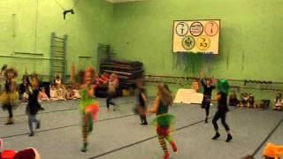 . Танец Бабок-Ёжек и чёртиков с кикиморами.