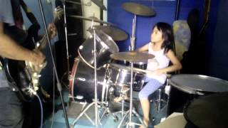 7yrs old Lories Dollzen Esguerra Drum cover Gabay by: siakol