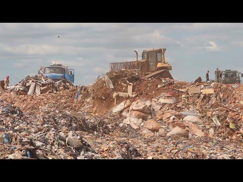 Amor y odio a tan sólo horas de que se cierre el basurero más grande de Latinoamérica