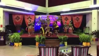Semarak Tari JOHOR 2015 - Tarian Sarawak (Ngajat Tampi) - Produksi Muar