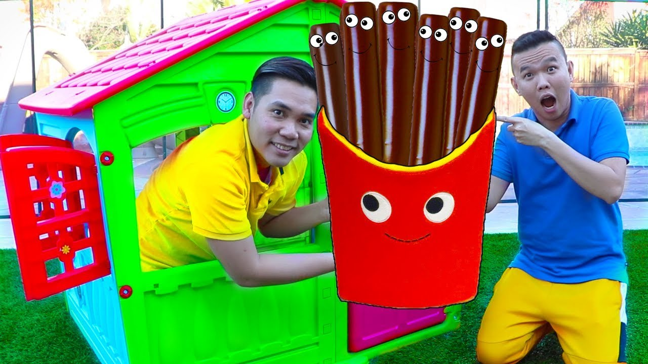Download Funny Uncles & Auntie Pretend Play w/ Giant Magic Chocolate French Fries Food Toys