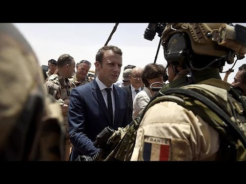 Macrons visits troops in Mali, keeping campaign pledge