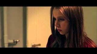 Filmklip fra You & Me Forever. Laura skændes med sine forældre.