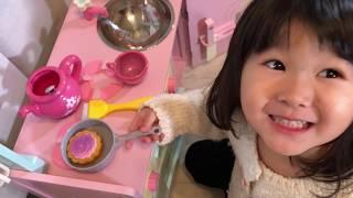 ママがお熱!?ティーセットのおもちゃで看病ごっこ遊び!キッチン遊び Pretend Play Kids Tea Set Toys