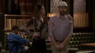 the-undateable-live-package-grab