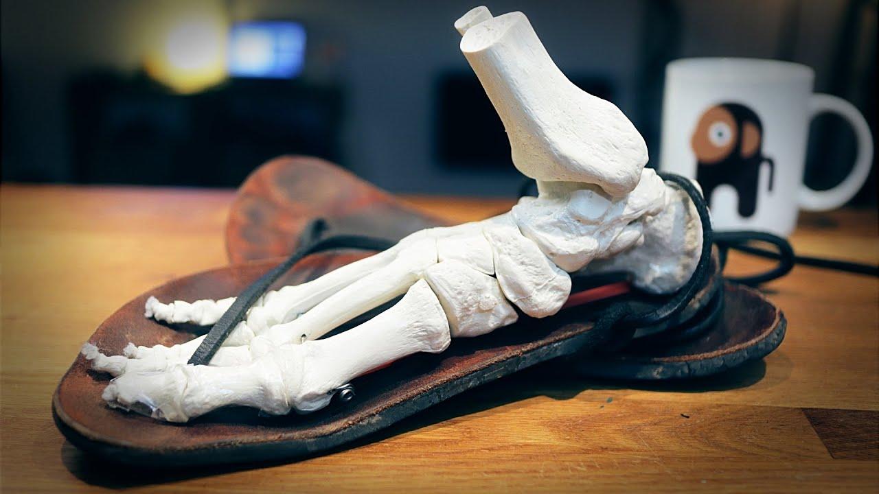 Schmerzen vom Barfußlaufen? Das solltest du vorher wissen.