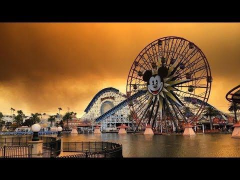 Southern California fire shrouds Disneyland Anaheim in dramatic, smoky skies