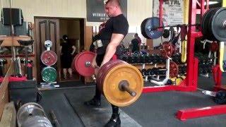Становая тяга с остановкой на уровне колен - 300 кг