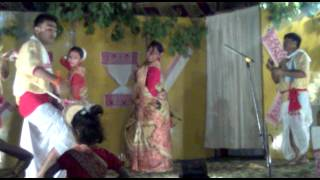 assamese people performing bihu in delhi ( upload by ABHIJIT HAZARIKA)