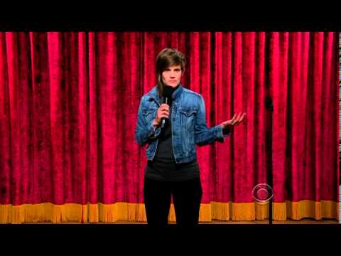 Thumbnail: Lesbian comedian Cameron Esposito makes an Incredible late night Television debut