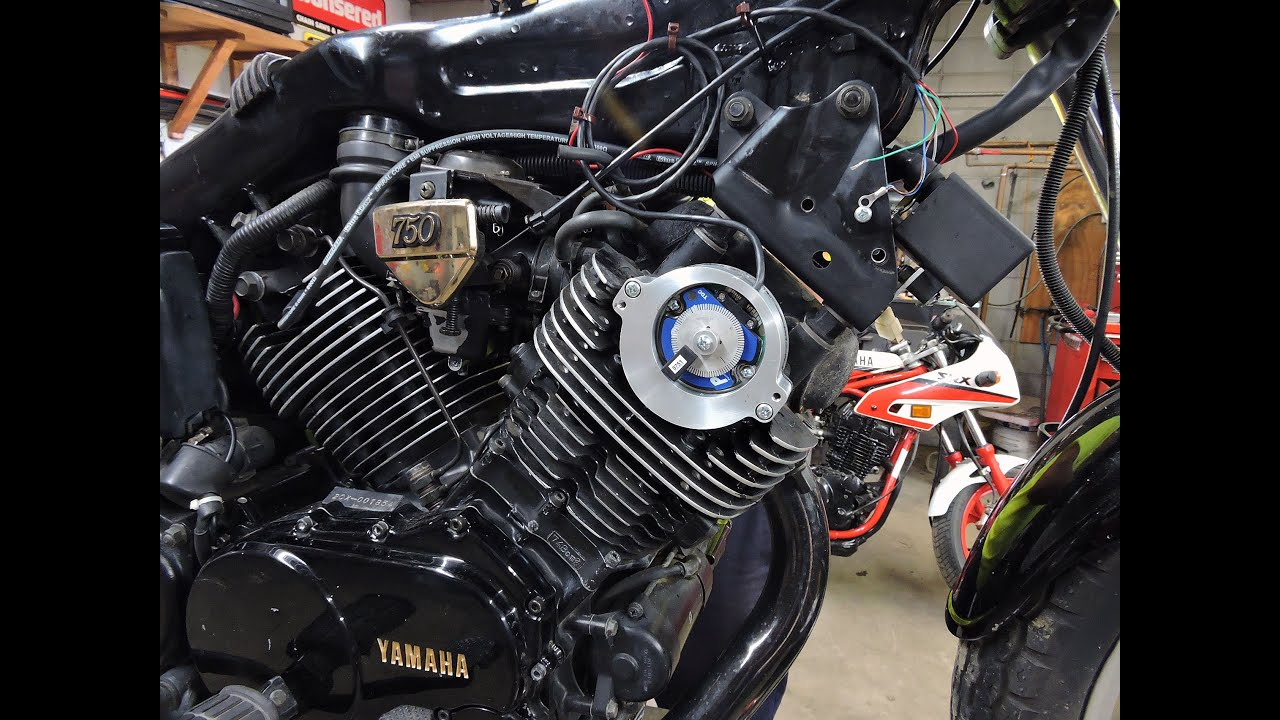 Yamaha Xj650 Rat Bobber Old School also Le Cafe Racer De Gary Une Suzuki 400 Gsx Sublimee besides 50 further Yamaha Xs 650 Special moreover Yamaha xs1100 2078. on 1981 yamaha 750 special