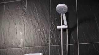 Screwfix - Mira Sport Thermostatic Electric Shower White/Chrome