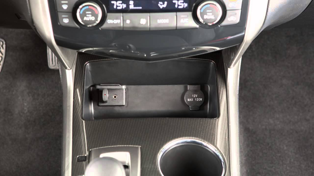 2015 Nissan Altima - USB/iPod® Interface (if so equipped ...