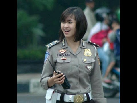 polisi polisi cantik beautiful indonesian policewoman youtube. Black Bedroom Furniture Sets. Home Design Ideas