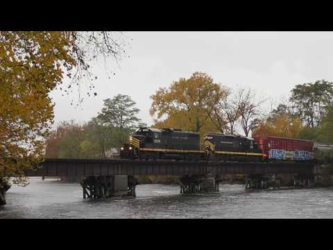 Elkhart and Western cross the river at Elkhart Indiana