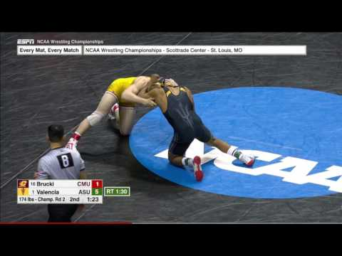 2017 NCAA Wrestling 174lbs: Zahid Valencia (Arizona State) vs Christian Brucki (Central Michigan)
