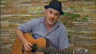 Acoustic Fingerstyle Guitar Studio: Louis Collins