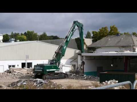 Liebherr 954c Long Front Tearing Down A Building In Luxembourg