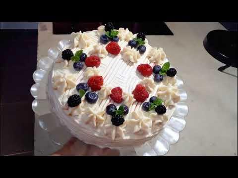 ❤️-gâteau-d'-anniversaire-aux-amandes-et-fruits-rouges-(sans-gluten)