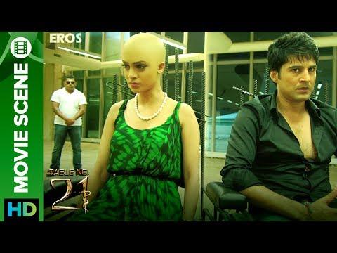 Tina Desai Slapped Rajeev Khandelwal  Table No.21
