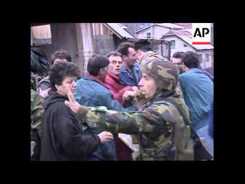 BOSNIA: ASSOCIATED PRESS REPORTER DETAINED & BEATEN BY SERBS