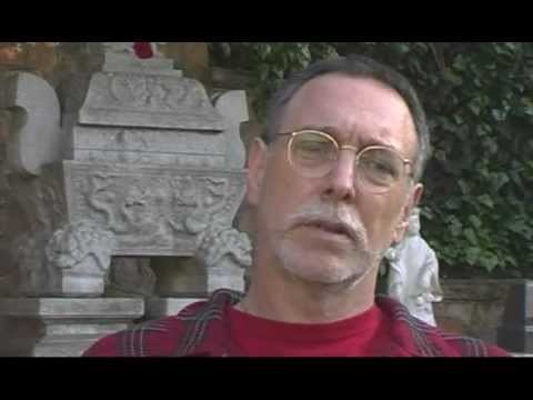 Krishna Das narrates his meetings with Neem Karoli Baba and later with Siddhi Ma. http://www.krishnadasmusic.com/one_life_at_a_time.htm
