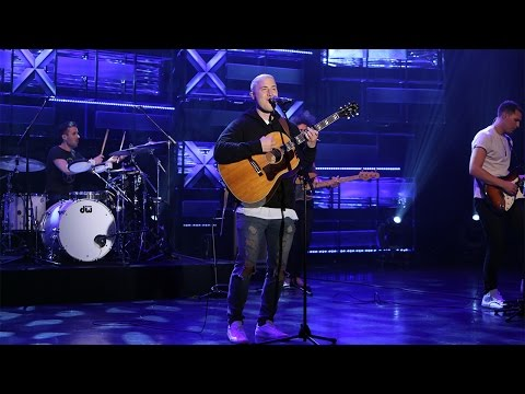 Mike Posner Performs 'I Took a Pill in...