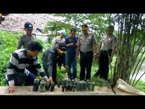 Penemuan Granat Aktif di Tempat Sampah di Depok