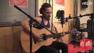 John Butler Get Up Stand Up acoustic at RTL2