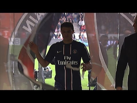 Incredible red card for PSG's Thiago Silva / 2012-13