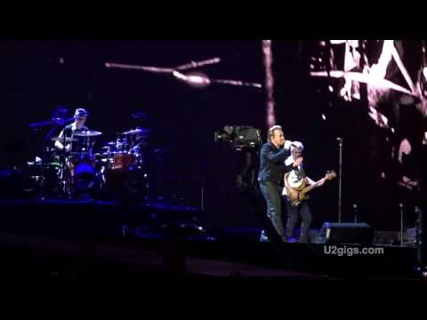 U2 Rome Running To Stand Still w/ Hallelujah 2017-07-16 Roma - U2gigs.com