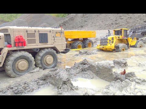BIGGEST RC CONSTRUCTION SITE! HEAVY RAIN DAY! MAZ 537 RESCUE THE VOLVO L250GS