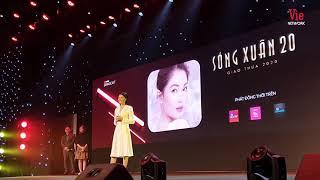"""Hoa hậu Thùy Dung được khách mời tán thưởng khi """"bắn"""" Tiếng Anh như gió tại sự kiện YouTube"""