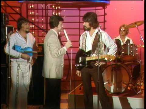 Dick Clark Interviews Alabama - American Bandstand 1980