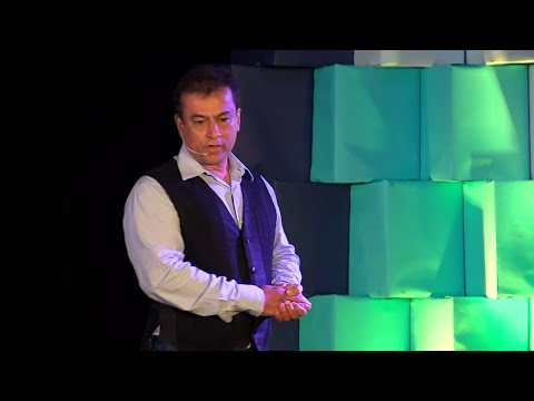 What I have learned from 30 years in Journalism  | Mark Manuel | TEDxCRCE