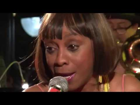 """Chick Rodgers """"Don't Play That Song"""" Porretta Soul, Italy 25 July 2015"""