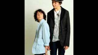 Thump, Thump, Thump - Alex & Nat Wolff w/ download + lyrics