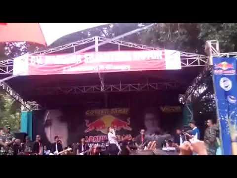 Nella Kharisma - Sitik Sitik Wae Live Lumajang Jawa Timur