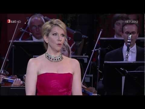 Rossini: Non più mesta (La Cenerentola) - DiDonato